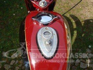 """Jawa 250 """"Libenak"""" - Tank mit Amperemeter"""