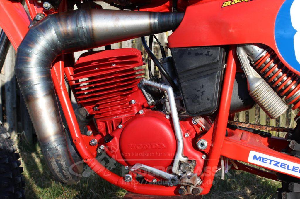 Der Motor wiegt nur 26kg!